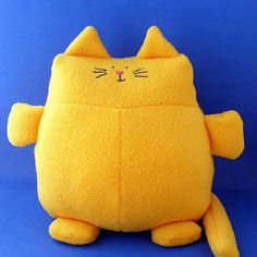 Sewing: Franklin the Fat Cat softie pattern. All cats are good cats and I alredy have a couple of fat cats who need a friend.