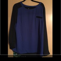AB Studio blouse. Sz XL Blue in front and black in back! Cute pocket detail. AB Studio Tops Blouses