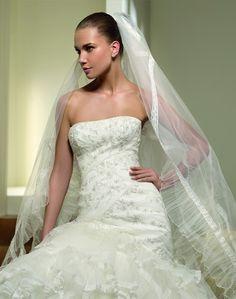 Paradiso - Kifutó modellek - Esküvői ruhák - Ananász Szalon - esküvői, menyasszonyi és alkalmi ruhaszalon Budapesten