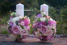 Model lumanari de nunta culori pastel.