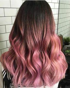 Brown And Pink Hair, Pastel Pink Hair, Hair Color Purple, Hair Dye Colors, Cool Hair Color, Brown Pink Ombre, Rose Pink Hair, Pink Hair Dye, Blush Pink