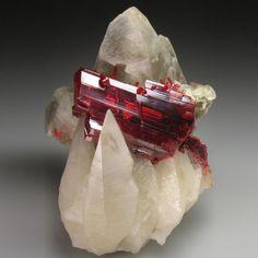 鉱物マニアの為の魅惑のキュートな25の鉱物・鉱石・結晶