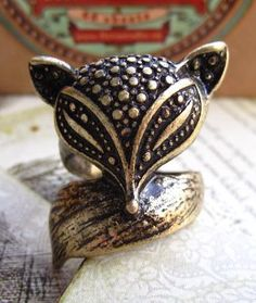To find out about the Retro Gold Fox Ring at SHEIN, part of our latest Rings ready to shop online today! Premier Designs, Fox Ring, Ring Ring, Jewelry Box, Jewelry Rings, Jewellery, Men S Shoes, Anniversary Rings, Women's Accessories