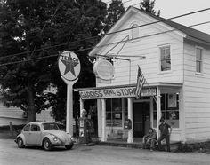 Garris's General Store, Stillwater, NJ  Photo by George Tice, 1973