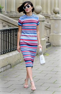 Sienna-Miller-Celine-striped-dress-LAFOTKA ASOS WWW.LAFOTKA.COM
