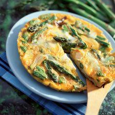 Spargel-Tortilla | Zeit: 15 Min. | http://eatsmarter.de/rezepte/spargel-tortilla-1
