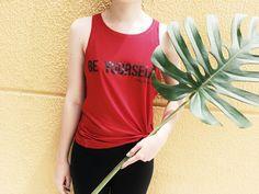T-shirt Be yourself na cor vermelha é só amor, além de versátil. Dá pra usar da academia até em um look mais cool. Ainda não tem a sua? Corre para o nosso site! #beyoubebleque #blequelovers #tee #red #camiseta #basico #novidade #trend #verao
