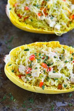 Pesto Chicken Stuffed Spaghetti Squash...Spaghetti squash has never tasted so good!  227 calories and 6 Weight Watchers PP