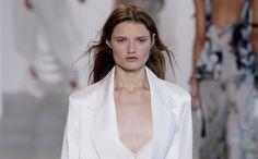 Alweer de laatste #NYFW dag. Dit waren de highlights van dag 8 >> http://www.beaumonde.nl/fashion/trends-fashion/nyfw-highlights-dag-8/?utm_content=buffer574fb&utm_medium=social&utm_source=pinterest.com&utm_campaign=buffer #catwalk