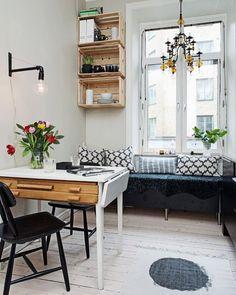 Ideia para a decor de pequenos espaços. Pinterest:  http://ift.tt/1Yn40ab http://ift.tt/1oztIs0 |Imagem não autoral|