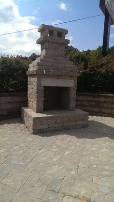 Doityourself outdoor fireplace kit Outdoor Fireplace Kits, Retaining Walls, Space, Home Decor, Display, Homemade Home Decor, Decoration Home, Interior Decorating