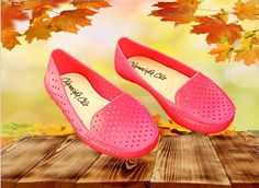 Queridinhas pelo conforto, super práticas e sempre lindas, essas sapatilhas são peças indispensáveis. Confiram nossas numerações e oferta. Temos em outras cores! Leiam mais!