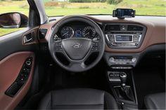 Hyundai i20 2015 Interior Car Images - http://wallsauto.com/hyundai-i20-2015-interior-car-images/
