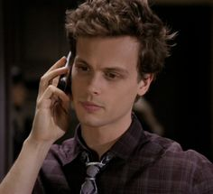 <3 <3 gahhhhh! if I had to choose a celebrity husband or crush definitely Matthew Gray Gubler!! :)