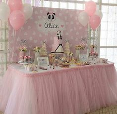 Panda danna Panda Birthday Cake, Trolls Birthday Party, Birthday Cake Girls, Birthday Party Decorations, Birthday Parties, Panda Themed Party, Panda Party, Baby Shower Cakes, Baby Shower Parties