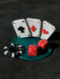 D coration de table poker ou casino th me du casino - Jeux de creation de maison ...