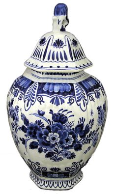 delft blue. visit http://shop.holland.com/cadeau-souvenir/delfts-blauw/ for more Dutch Design and modern Delft blue vases