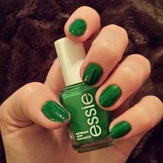 "essie's ""shake your $$ maker"""