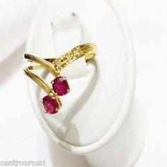 Festeggia San Valentino con il colore giusto : il Rubino <3 #gioielleriacentrooro #gioielli #spedizionegratuita #gioielleria #jewels #jewellery #jewelry #diamanti #rubini #rubino #rosso #red #anelli #orecchini #earring #pendant #ring #diamond #freesphipping #europe #france #italy #england #gems #gemstone