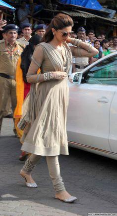 Deepika Padukone picture gallery picture # 36 : glamsham.com