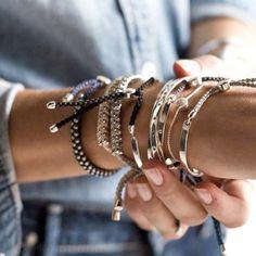 adoramos uma bela #armparty #fashion #style #jewelry #fashionblogger #blogger #instafashion #fashionismo #blogsdemoda #look #dujour