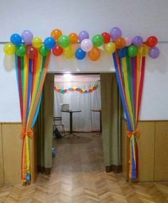 Remains in 2018 - #remains - #new Carnival Crafts, Carnival Decorations, School Decorations, Balloon Decorations, Balloon Ideas, 13th Birthday Parties, Birthday Diy, Birthday Party Themes, Nursery Class Decoration