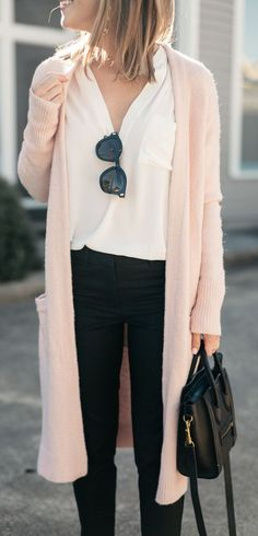 casual outfit idea / pink cardigan + white shirt + bag + skinnies