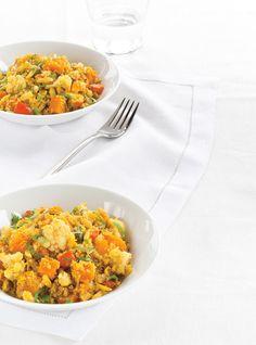Quinoa végétarien au cari - une recette de Ricardo. J'aime bien la faire à l'automne...une belle idée pour un repas sans viande & en plus c'est délicieux :)