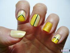 Maria's nail: 193. Manikűrvadász 3. - Az elkészült manikűr  http://mariasnail.blogspot.nl/2013/08/193-manikurvadasz-3-az-elkeszult-manikur.html