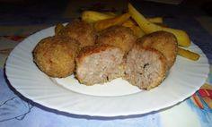 POLPETTE DI CARNE E RISO Il piatto completo con patate al forno e cipolla Una polpetta all'internoIngredienti x 4 persone:350 gr di macinato di suino,150 g