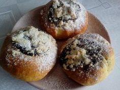 Moravské koláče kváskové - recept Love Cake, Food To Make, Sweet Tooth, Muffin, Food And Drink, Bread, Smoothie, Cookies, Breakfast