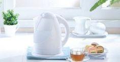 """Υγεία - Μάθετε με ποιο καλοκαιρινό """"κόλπο» θα έχετε έναν βραστήρα χωρίς άλατα και χωρίς τη χρήση χημικών! Το πιο συχνό πρόβλημα κάθε βραστήρα είναι η συσσώρευση αλ Clean House, Kettle, Kitchen Appliances, Cleaning, Home Decor, Organize, Houses, Diy Kitchen Appliances, Tea Pot"""