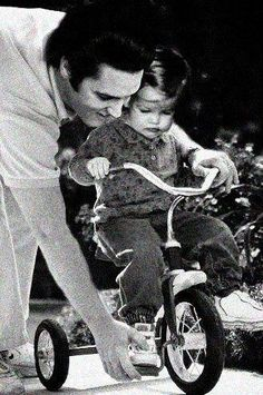 (Elvis and Lisa Marie <3) **no words**