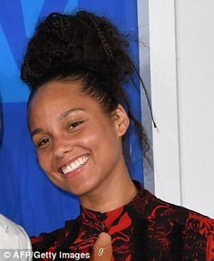 HOW THE STARS  GO MAKE-UP FREE:BARELY-THERE BEAUTY PRODUCTS Singer Alicia Keys announced she was going 'makeup free' this year, joining a long list of stars claiming to have gone au naturel - but just how fresh-faced are they really?
