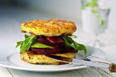Kartoffelburger mit Roter Beete und Avocado – ihana.eu I Der vegane Food-Blog aus Stuttgart