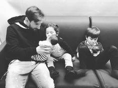 """783.4 mil Me gusta, 5,411 comentarios - AntoRoccuzzo88 (@antoroccuzzo88) en Instagram: """"Feliz día Papi❤️ Te amamos tanto!!! Gracias por ser el mejor papá del mundo❤️ @leomessi"""""""