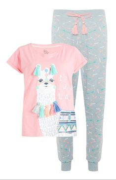 Pink-gray pajama set with llama klompi Kids Outfits Girls, Girls Fashion Clothes, Cute Outfits For Kids, Kids Fashion, Fashion Outfits, Clothes For Women, Trendy Outfits, Cute Pjs, Cute Pajamas