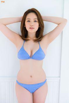 [BOMB.tv] 2014.01.01 GRAVURE Channel 2014年01月号 Miwako Kakei 筧美和子 [61P]