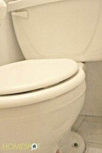 How to deep clean a toilet