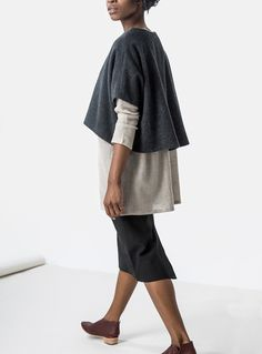 Minimalist style for fall layering