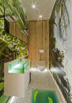 Abtauchen Im Dschungel U2013 Dieses Gäste WC Bleibt Bestimmt In Erinnerung.