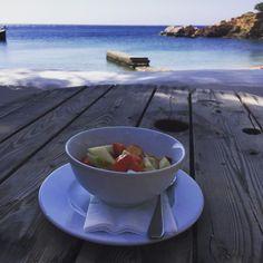 Beach House Antiparos (Αντίπαρος, Κυκλάδες) - Κριτικές Trip Advisor, Serving Bowls, Beach House, Greece, Therapy, Restaurant, Beach Homes, Greece Country, Diner Restaurant