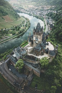 """sodomyandunpleasantaccents: """" ancientorigins: """"A birds-eye view of Cochem Castle, Germany """" Cochem is just one of many beautiful castles that lie along Germany's Mosel River. Beautiful Castles, Beautiful Places, Beaux Arts Architecture, Places To Travel, Places To See, Travel Destinations, Chateau Moyen Age, Photo Chateau, Germany Castles"""