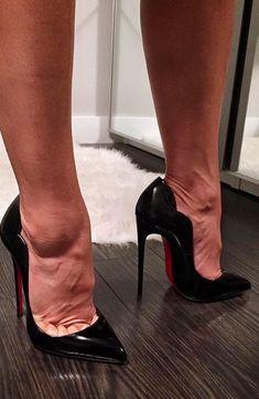 Sexy Legs And Heels, Hot High Heels, Womens High Heels, Tall Winter Boots, Birkenstock, Stiletto Pumps, Knee High Boots, Bootie Boots, Lady