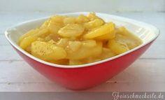 """… kommt von Oma – der schwäbische Kartoffelsalat! Denn für Julia sollen es nur die allerbesten Kartoffelsalate sein. Sie sucht nämlich """"Kartoffelsalate aus allen Himmelsrichtungen"""". Und wir im Schwabenland wissen einfach, wie der beste Kartoffelsalat schmecken muss 😉 Deshalb bekommt dieses Rezept auch einen zweiten besonderen Auftritt im Blog! Ok, ok…. auch andere Himmelsrichtungen bieten wirklich tolle Kartoffelsalat Rezepte. Dank diesem Blogevent werde ich mich wohl die nächsten Jahre…"""