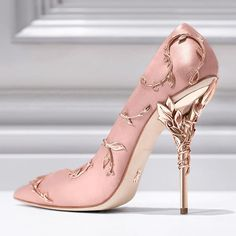 The Ralph & Russo 'Eden' pump; blush pink with golden leaves