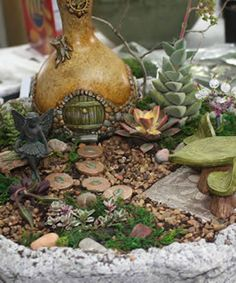 Google Image Result for http://www.inthecountrygardenandgifts.com/images/spring_newsletter_2012/fairy_garden.jpg