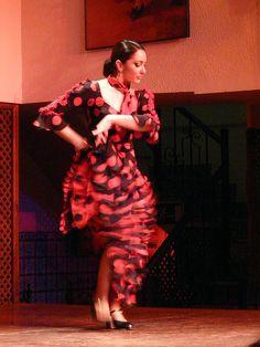 Seville - Flamenco Dance [15] by 天煞烏龜, via Flickr