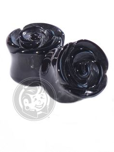 Description What is it? Beautiful carved roses, made out of Black Agate. Product Details What is it made of? Material: Black Agate Wearable Area: Coming soon Cl