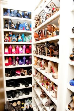 One day, i will have a closet like this to organize and display my shoes. This is heaven!!! Someday I will display lots of Loubis =)